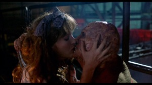 NM2 kiss